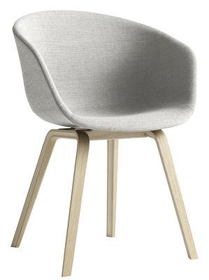 Poltrona imbottita About a chair di Hay - Grigio chiaro,Rovere naturale - Tessuto