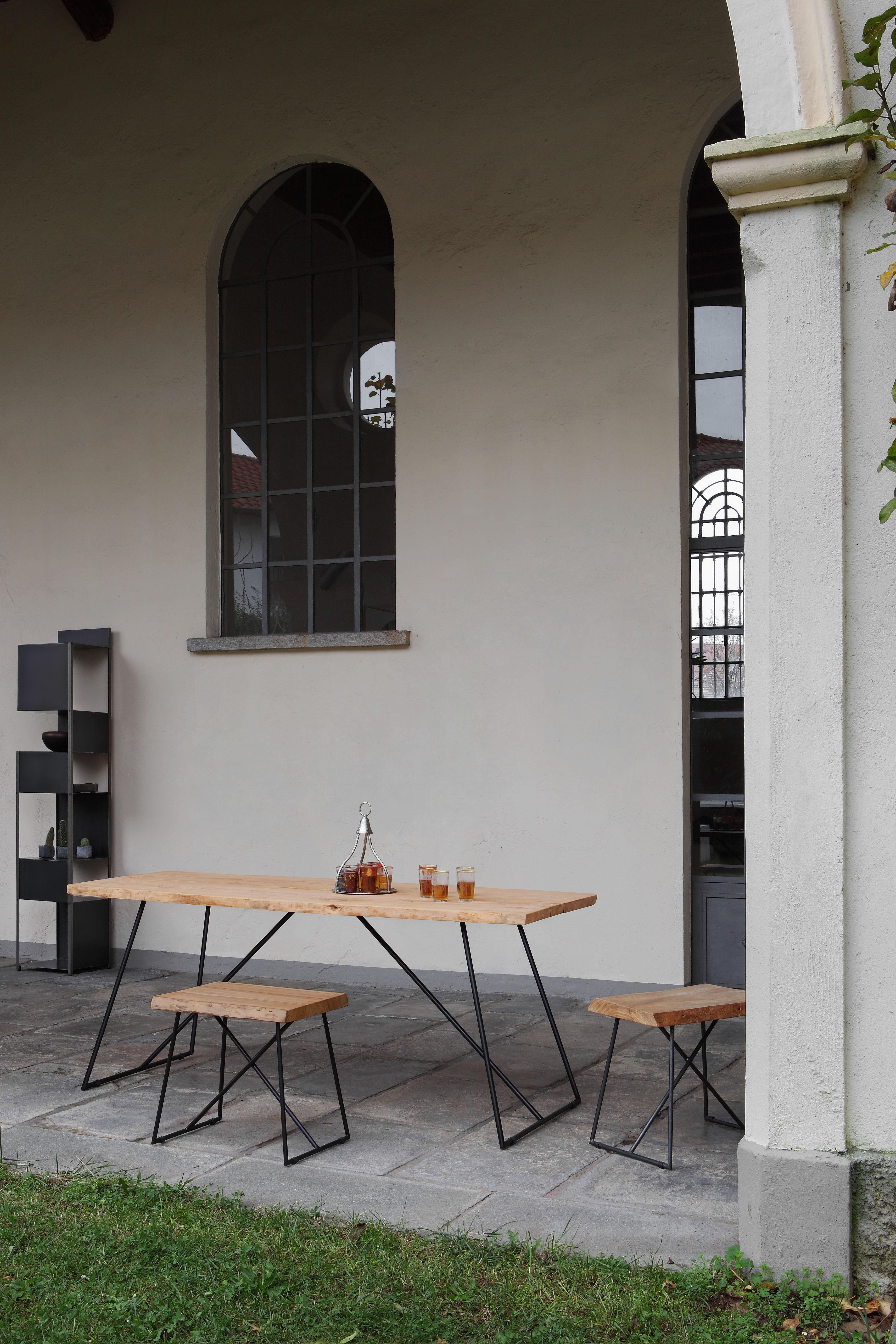 table old times 190 x 70 cm bois naturel pi tement noir zeus. Black Bedroom Furniture Sets. Home Design Ideas