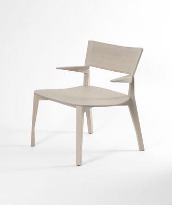 fauteuil bas gavotte bois naturel moustache. Black Bedroom Furniture Sets. Home Design Ideas