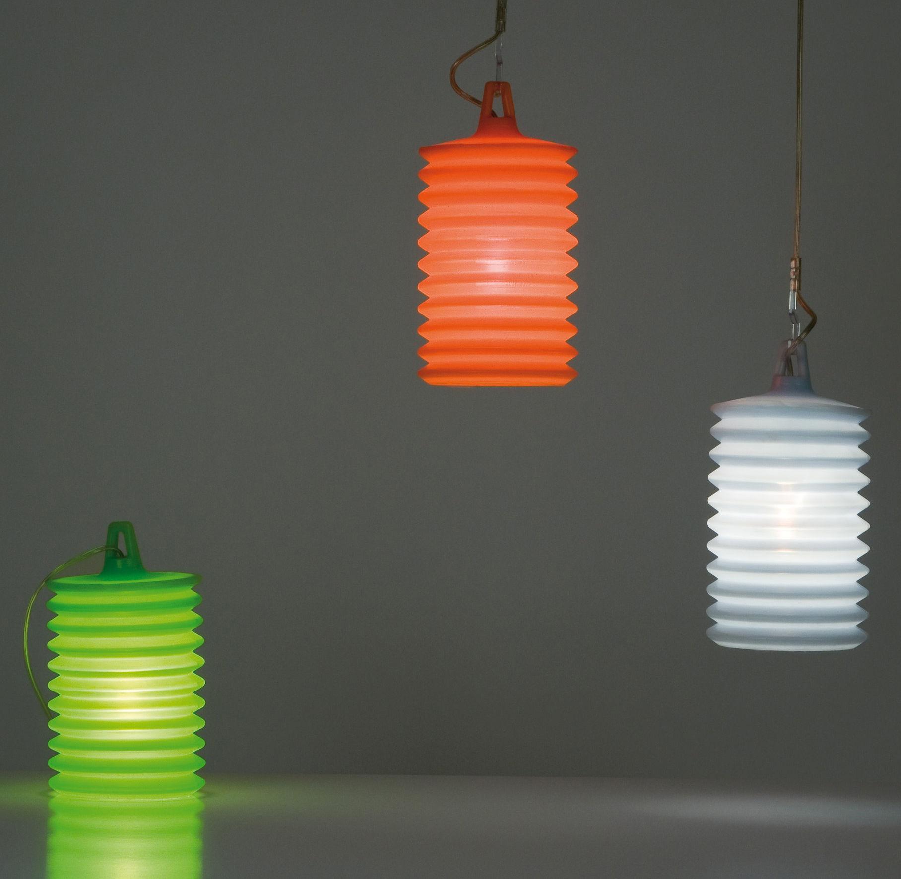 lampe de table lampion poser ou suspendre pour l 39 ext rieur bleu clair rotaliana made. Black Bedroom Furniture Sets. Home Design Ideas