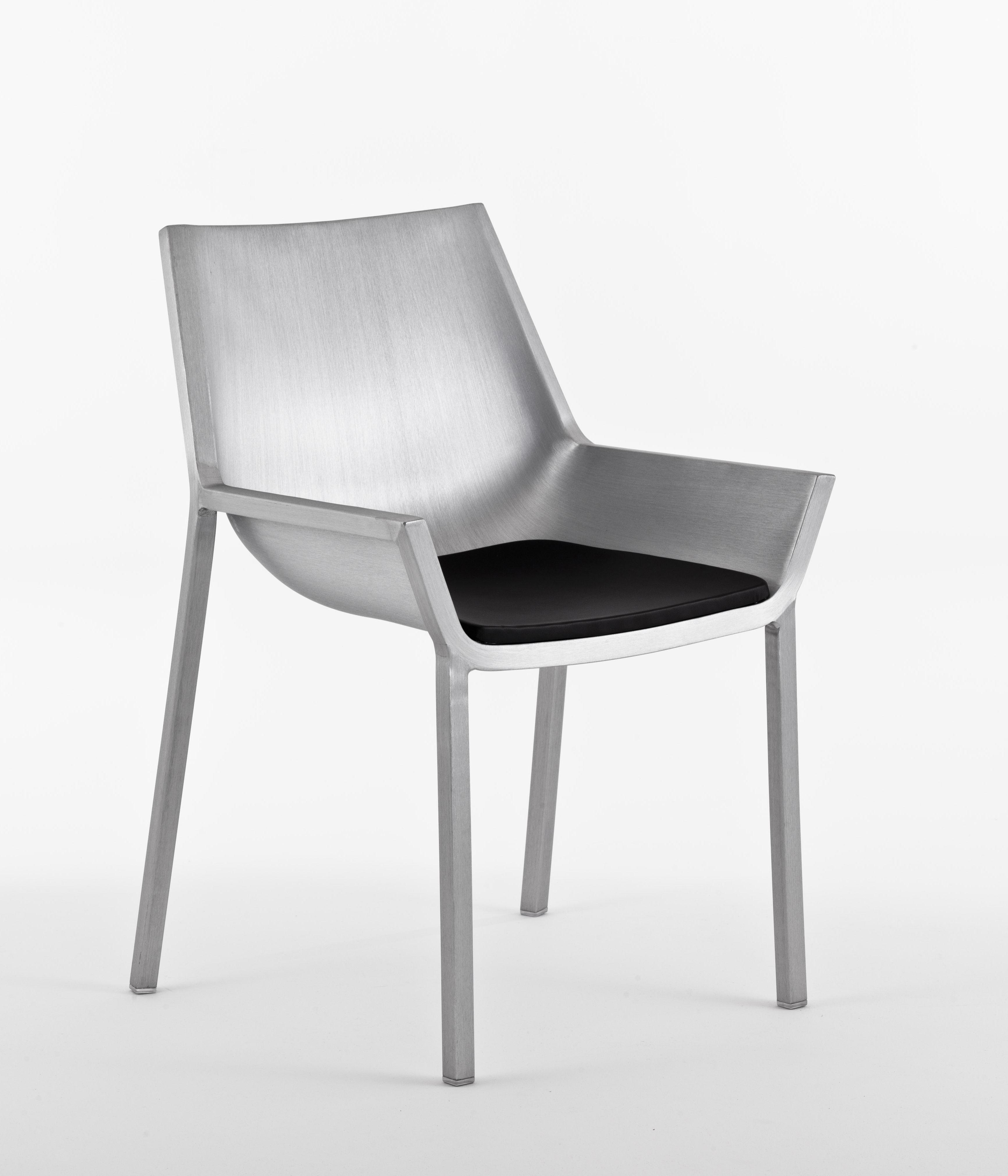 chaise sezz aluminium aluminium bross emeco. Black Bedroom Furniture Sets. Home Design Ideas