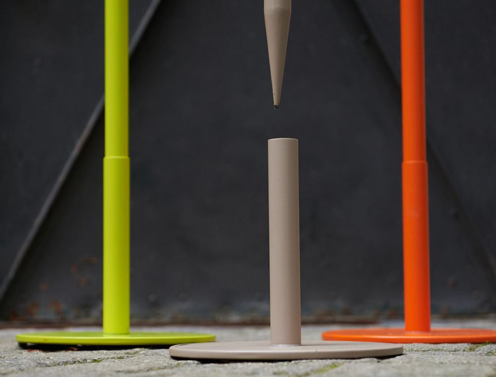 torche huile de jardin h 145 cm a planter carotte. Black Bedroom Furniture Sets. Home Design Ideas