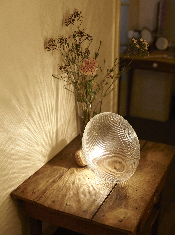lampe de table tidelight transparent petite friture. Black Bedroom Furniture Sets. Home Design Ideas