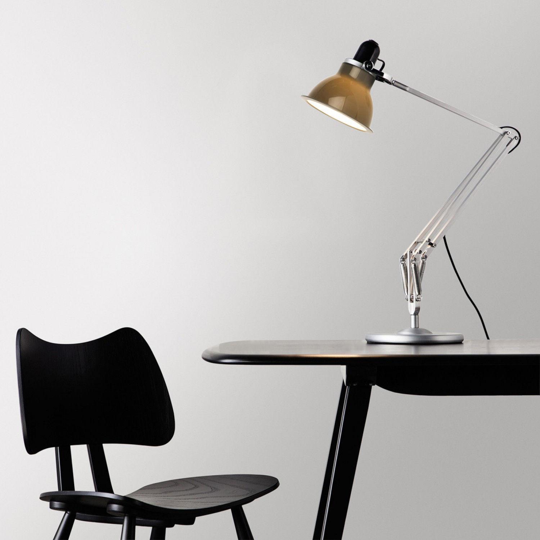 Lampe de table type 1228 gris anglepoise - Luminaire industriel la giant collection par anglepoise ...