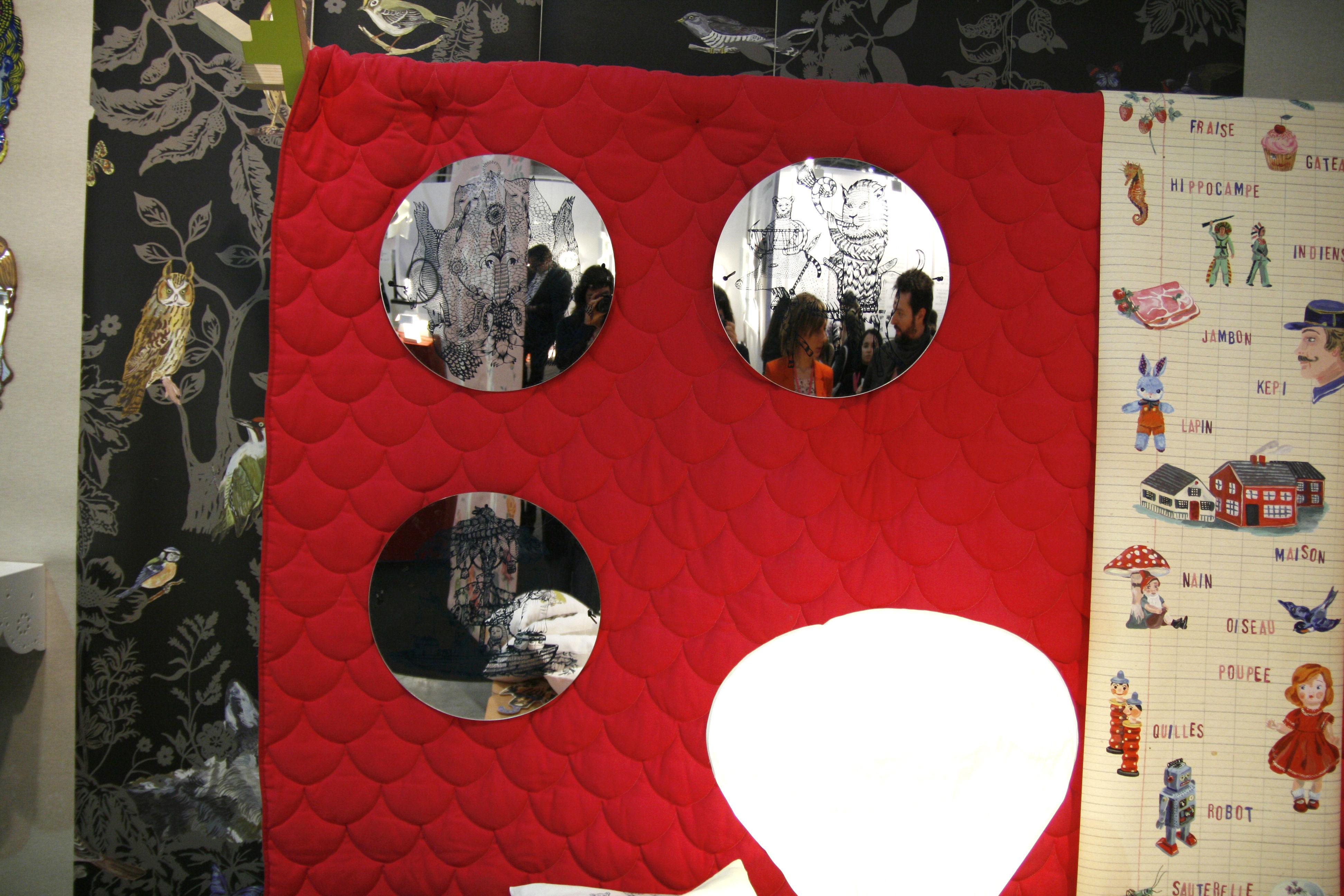 Miroir autocollant hornlyon 40 cm hornlyon domestic for Miroir autocollant
