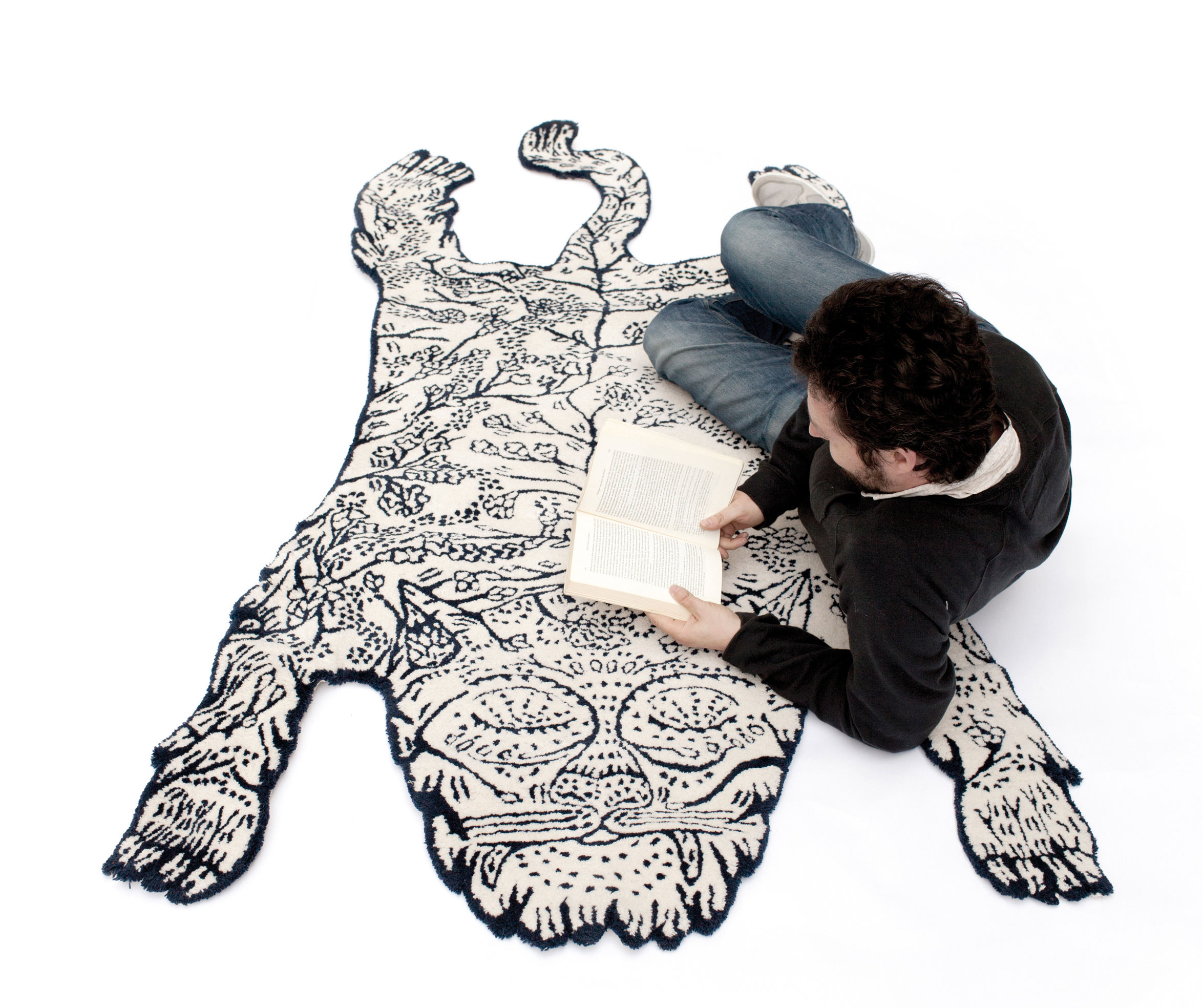 Tiger Rug Dark Blue And White By Moustache