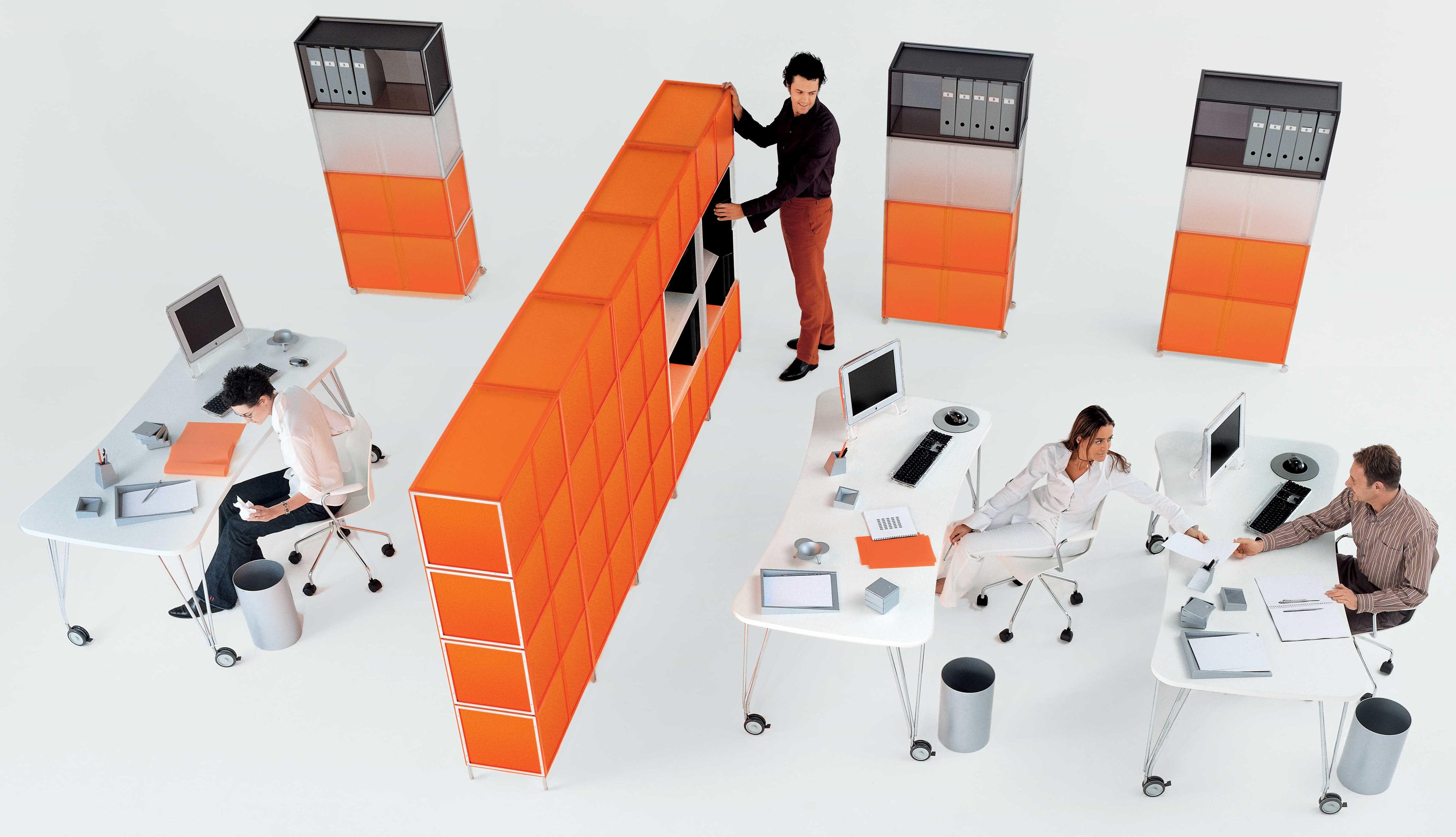 Table max bureau roulettes l 190 cm blanc kartell for Bureau kartell