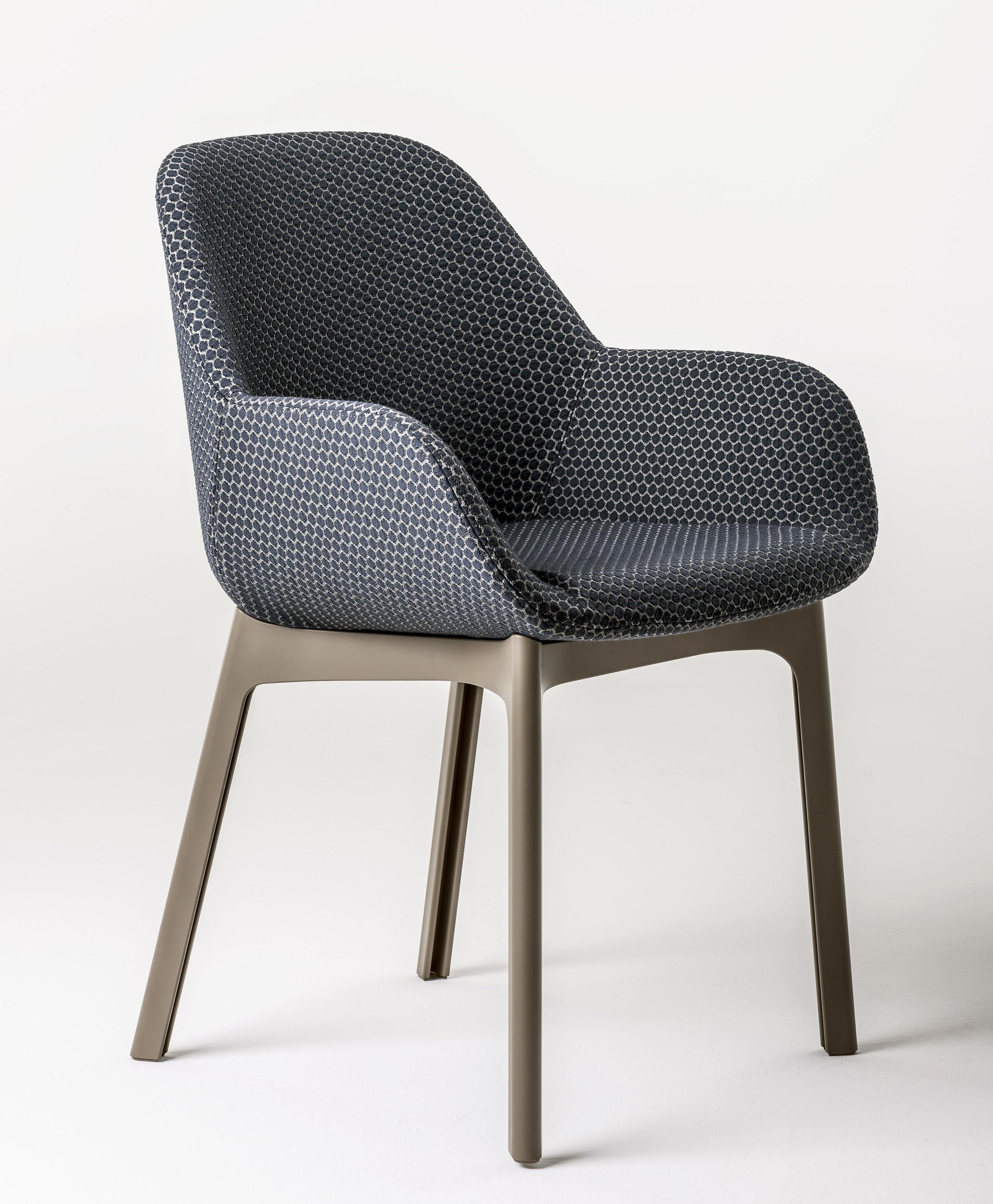 fauteuil rembourr clap tissu pieds plastique graphite pieds tourterelle kartell made. Black Bedroom Furniture Sets. Home Design Ideas