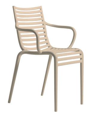 Mobilier - Chaises, fauteuils de salle à manger - Fauteuil empilable Pip-e / Plastique - Driade - Beige poudré - Polypropylène