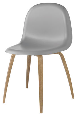 Chaise Gubi 5 / Coque plastique & pieds bois - Gubi en matière plastique