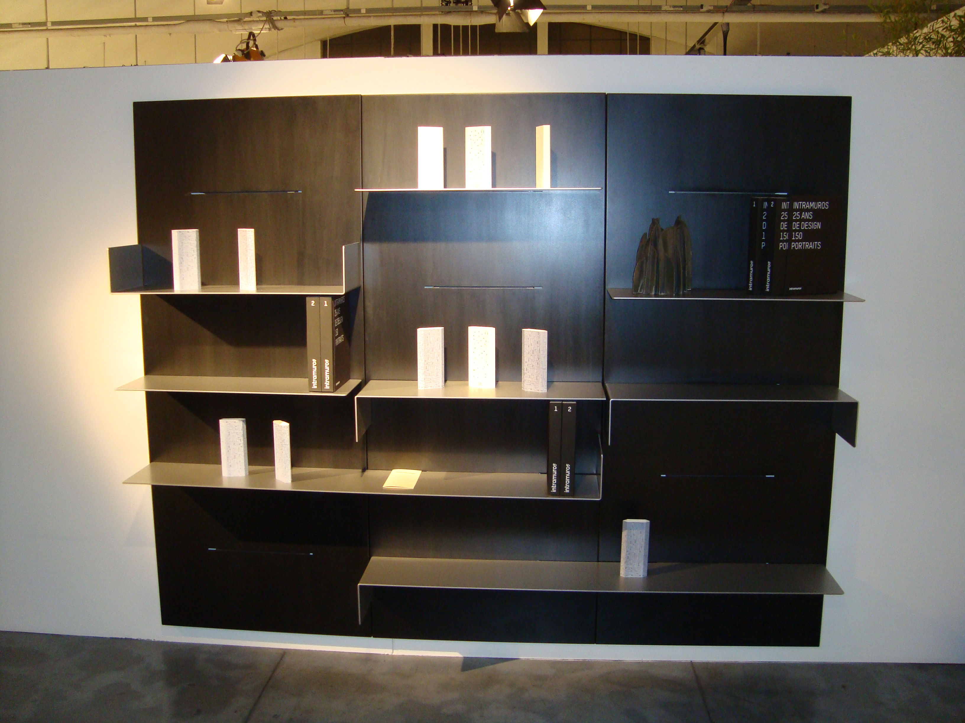 biblioth que iwall panneau mural l 80 cm x h 190 cm noir. Black Bedroom Furniture Sets. Home Design Ideas