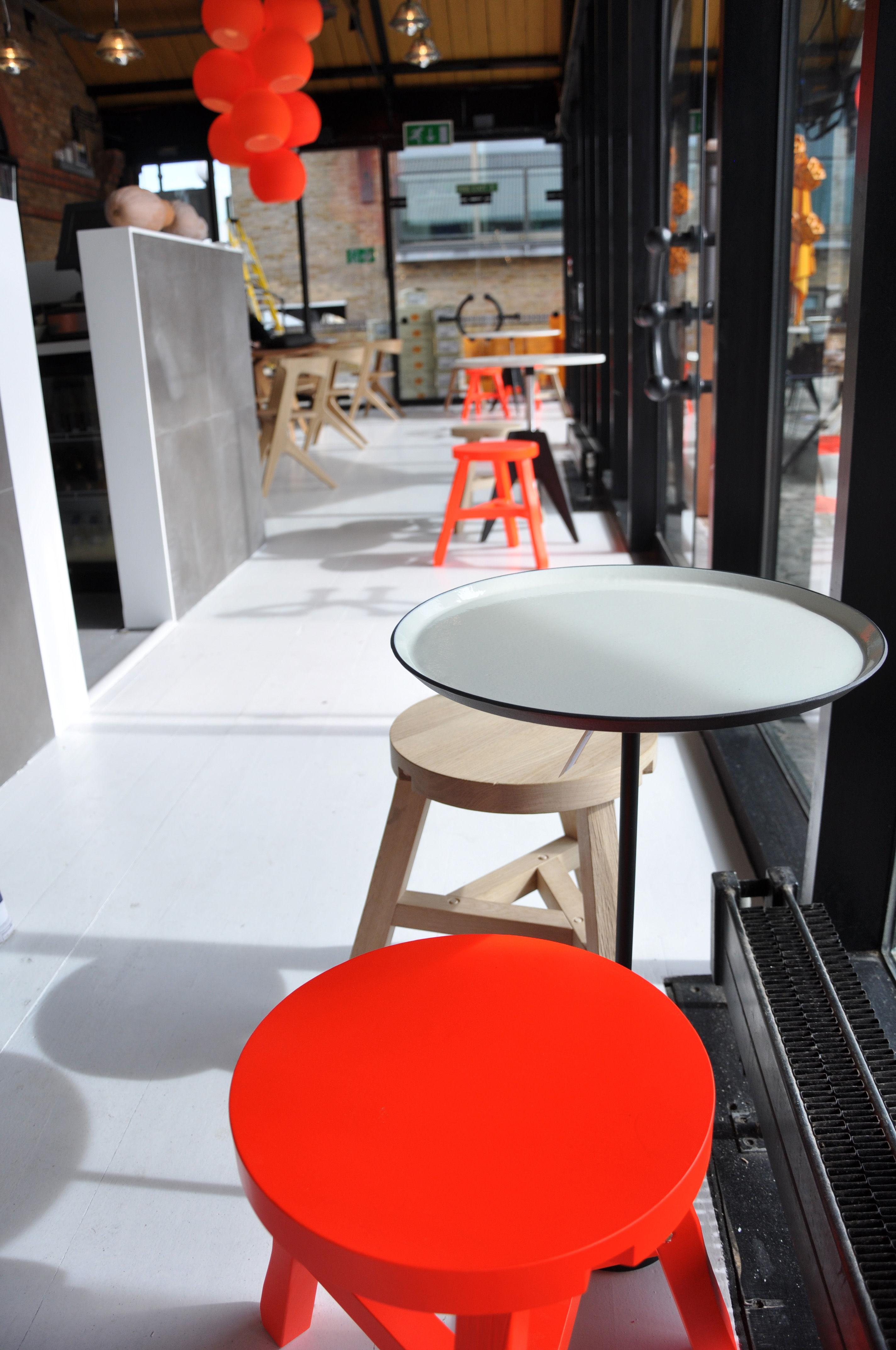 Tom Dixon Lampada Fluoro : Suspension fluoro orange fluo tom dixon made in design