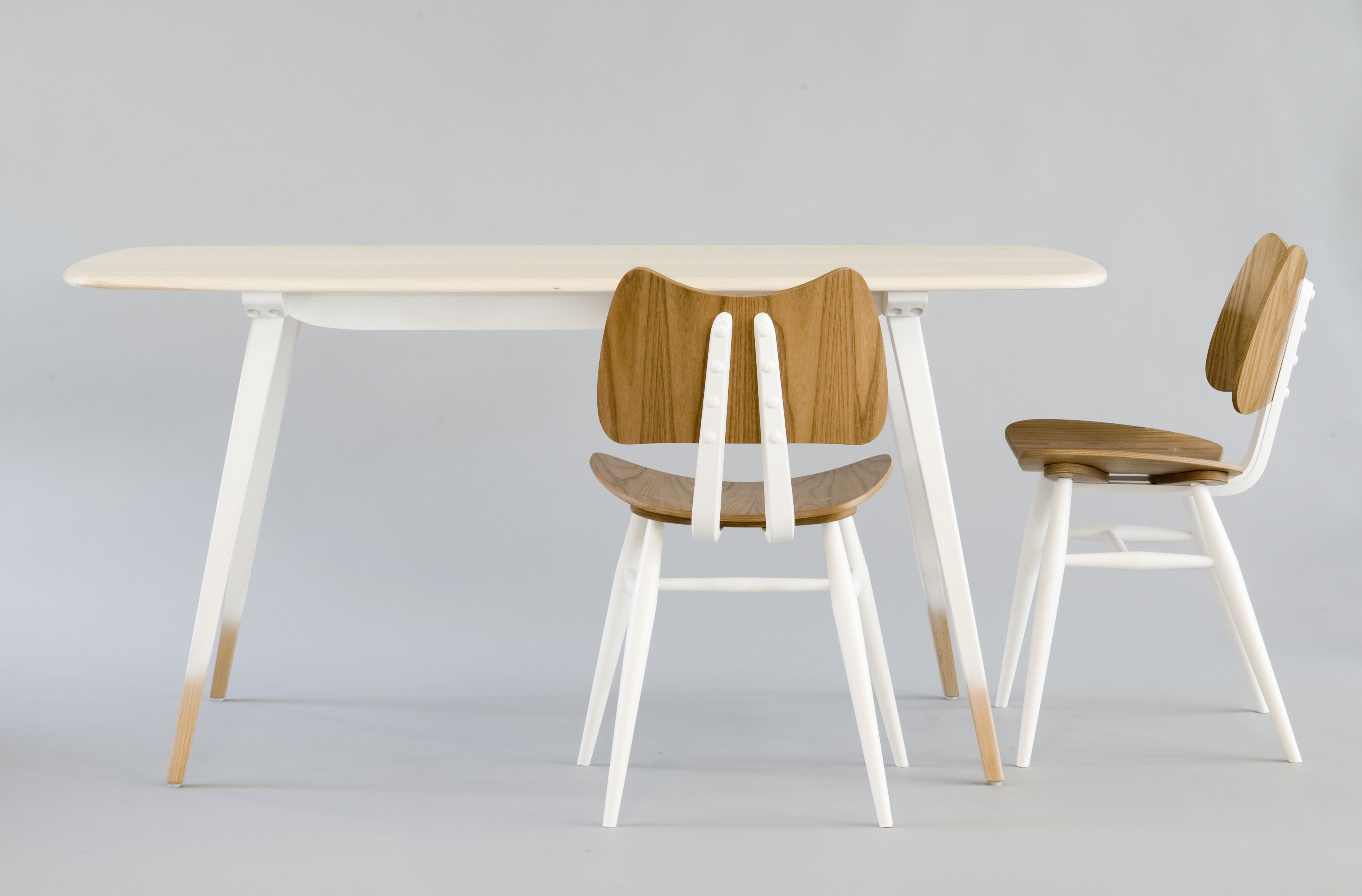 chaise butterfly bois r dition 1958 blanc bois naturel ercol. Black Bedroom Furniture Sets. Home Design Ideas