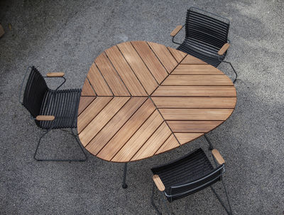 leaf gartentisch bambus dreieckig 146 x 146 x 146 cm bambus tischgestell grau by houe. Black Bedroom Furniture Sets. Home Design Ideas