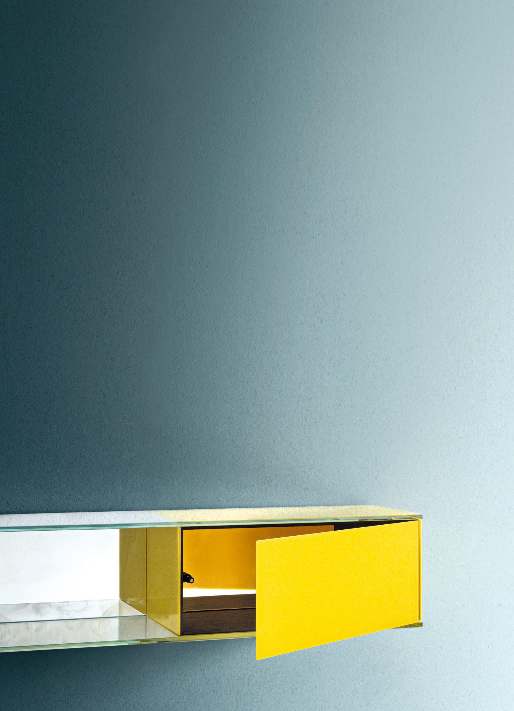 etag re float wall 4 l 130 x h 22 cm jaune glas italia. Black Bedroom Furniture Sets. Home Design Ideas