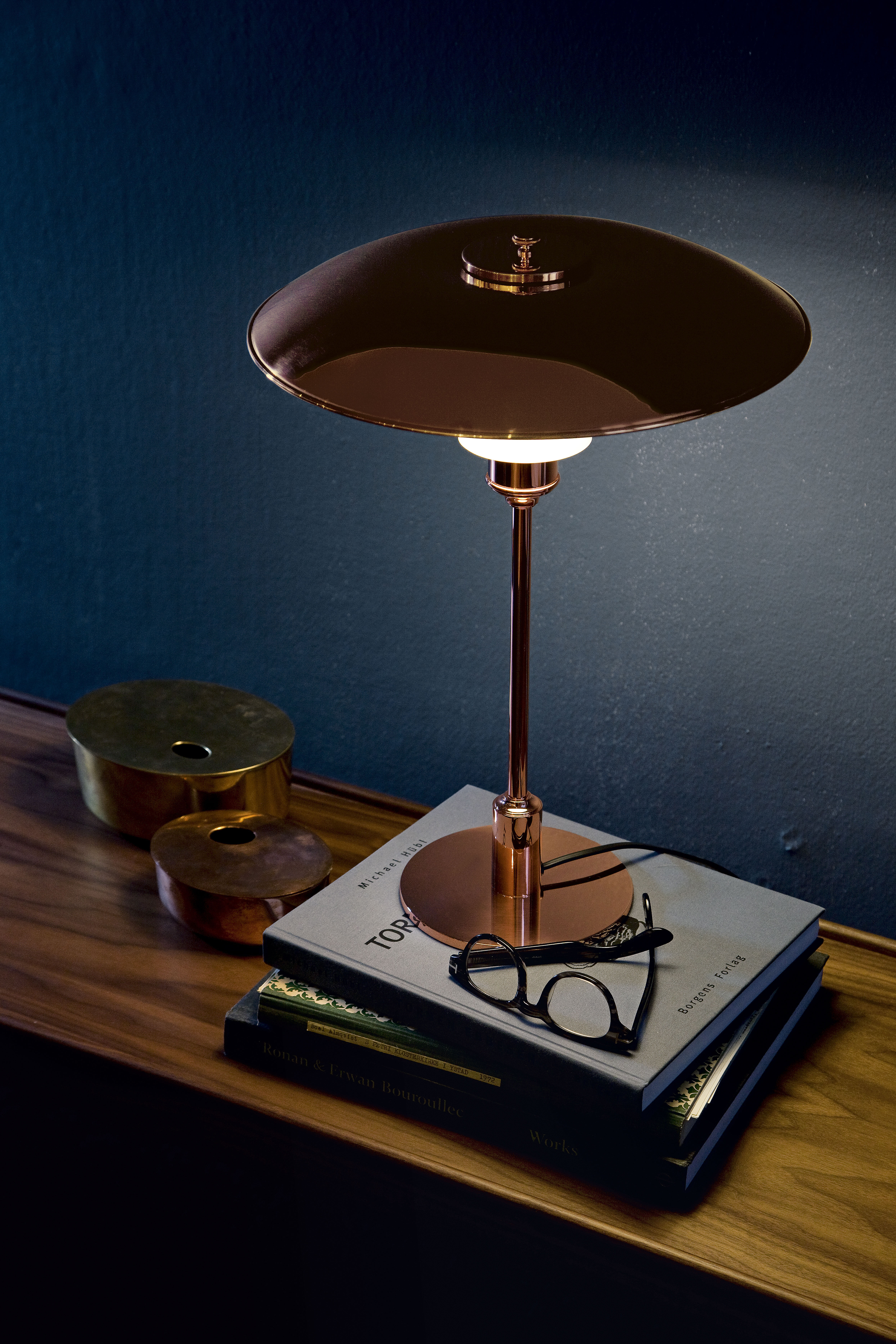 ph 3 2 table lamp copper limited edition copper by louis poulsen made in design uk. Black Bedroom Furniture Sets. Home Design Ideas
