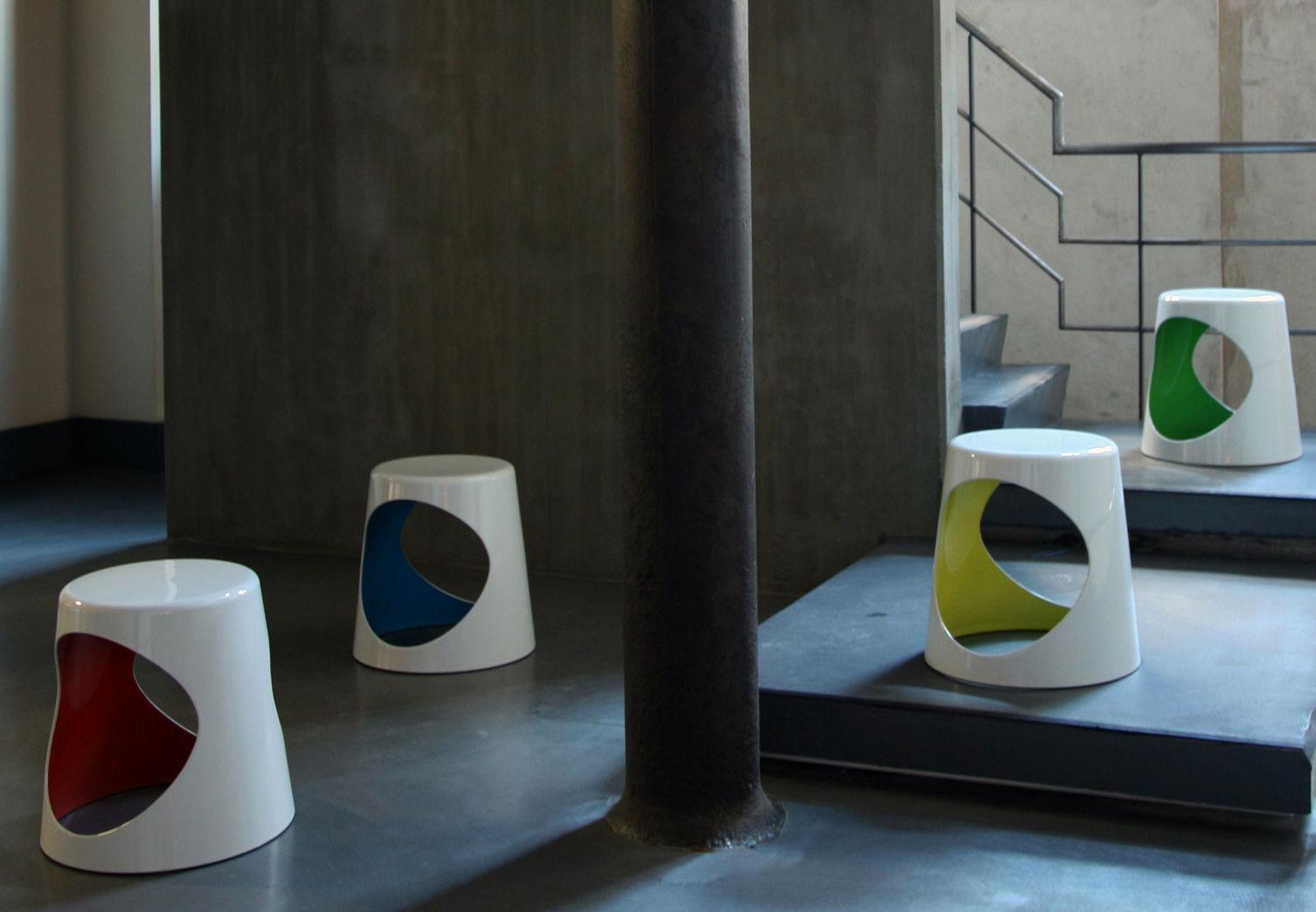 tabouret o2 chair plastique blanc int rieur jaune xl. Black Bedroom Furniture Sets. Home Design Ideas
