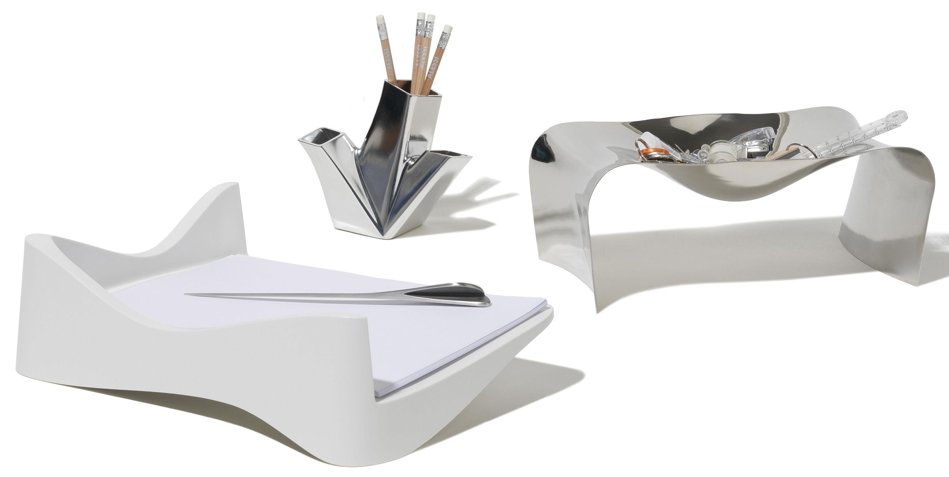 scopri svuotatasche scup acciaio di alessi made in design italia. Black Bedroom Furniture Sets. Home Design Ideas