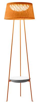 Foto Lampada a stelo Wind - / Tavolino basso integrato di Vibia - Arancione - Materiale plastico