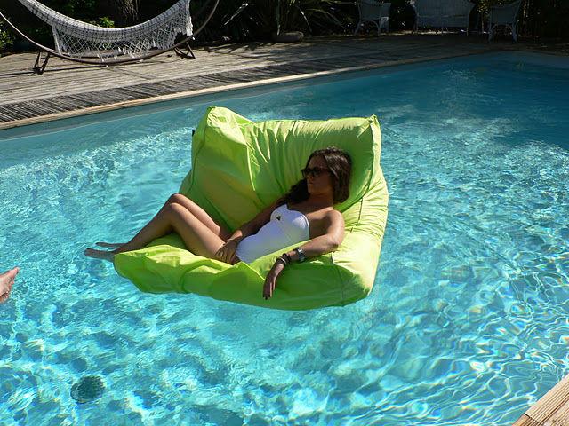 sit in pool schwimmender sessel b 110 cm delorm sessel. Black Bedroom Furniture Sets. Home Design Ideas
