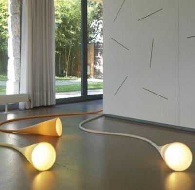 lampe de table uto jaune foscarini. Black Bedroom Furniture Sets. Home Design Ideas