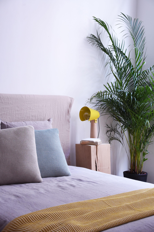 lampe de table sister h 38 cm jaune moutarde enostudio. Black Bedroom Furniture Sets. Home Design Ideas