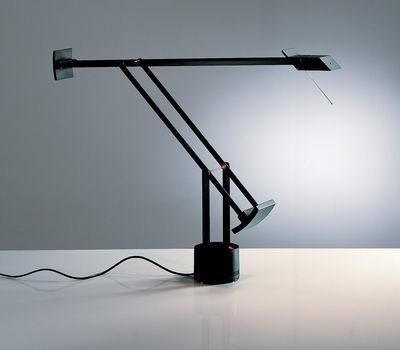 Tizio lampada da tavolo nero by artemide made in design - Artemide lampade tavolo ...