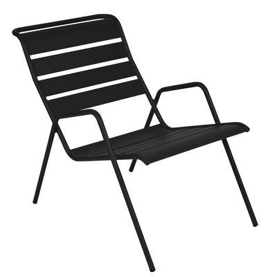 Monceau Lounge Sessel / stapelbar - Fermob - Lakritz