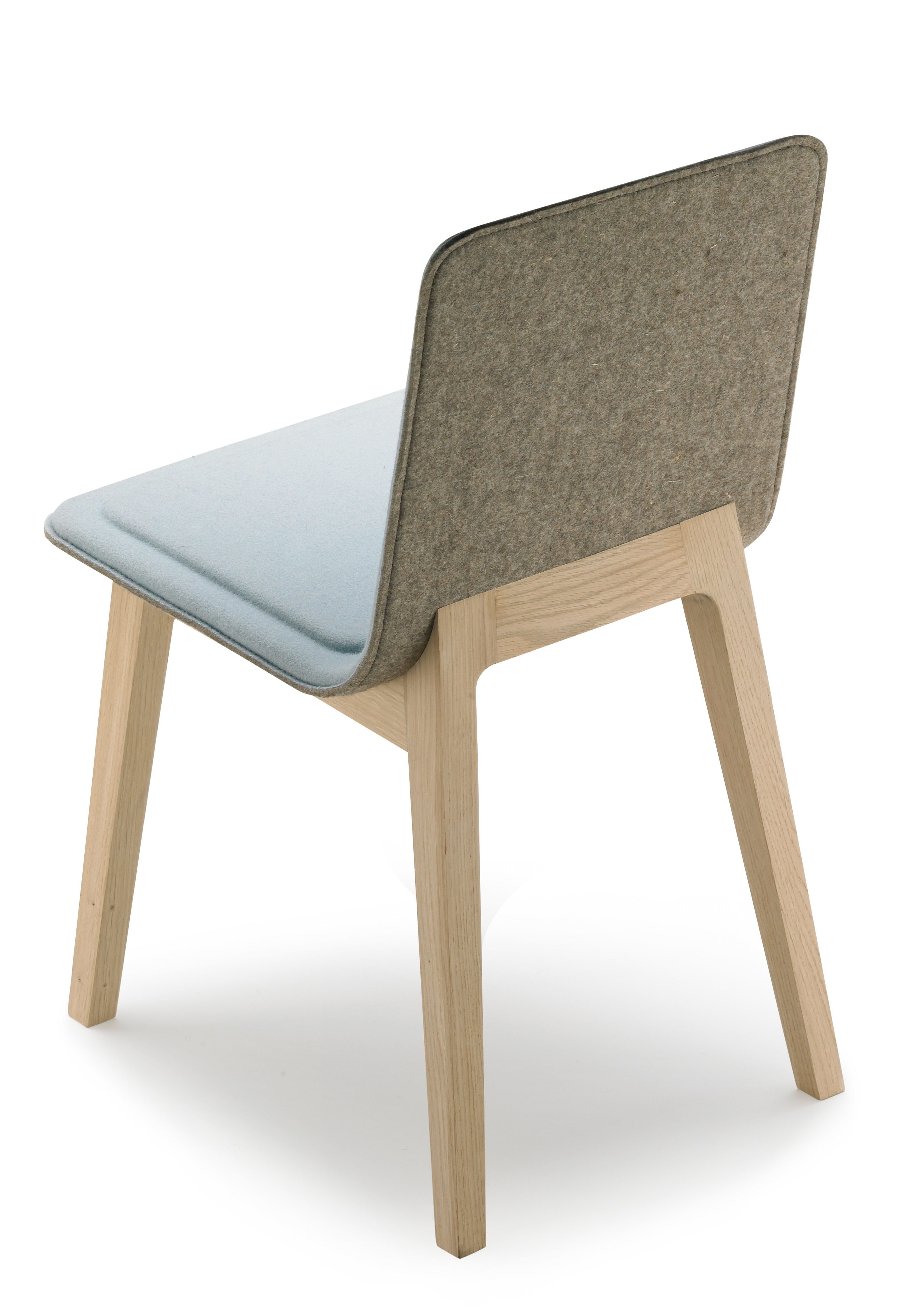 Chaise rembourr e laia feutre de laine taupe pi tement for Chaise de salle a manger rembourree