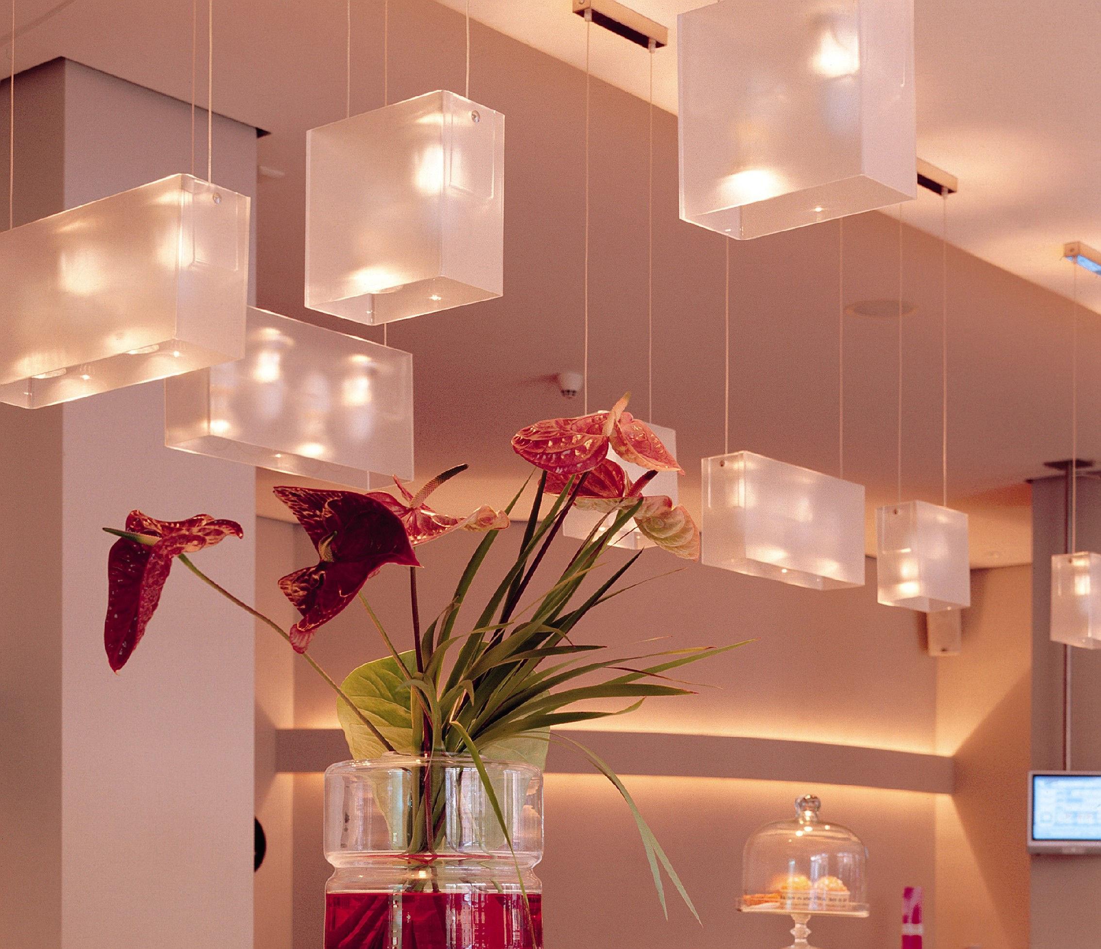 duplex pendant red by fontana arte made in design uk. Black Bedroom Furniture Sets. Home Design Ideas