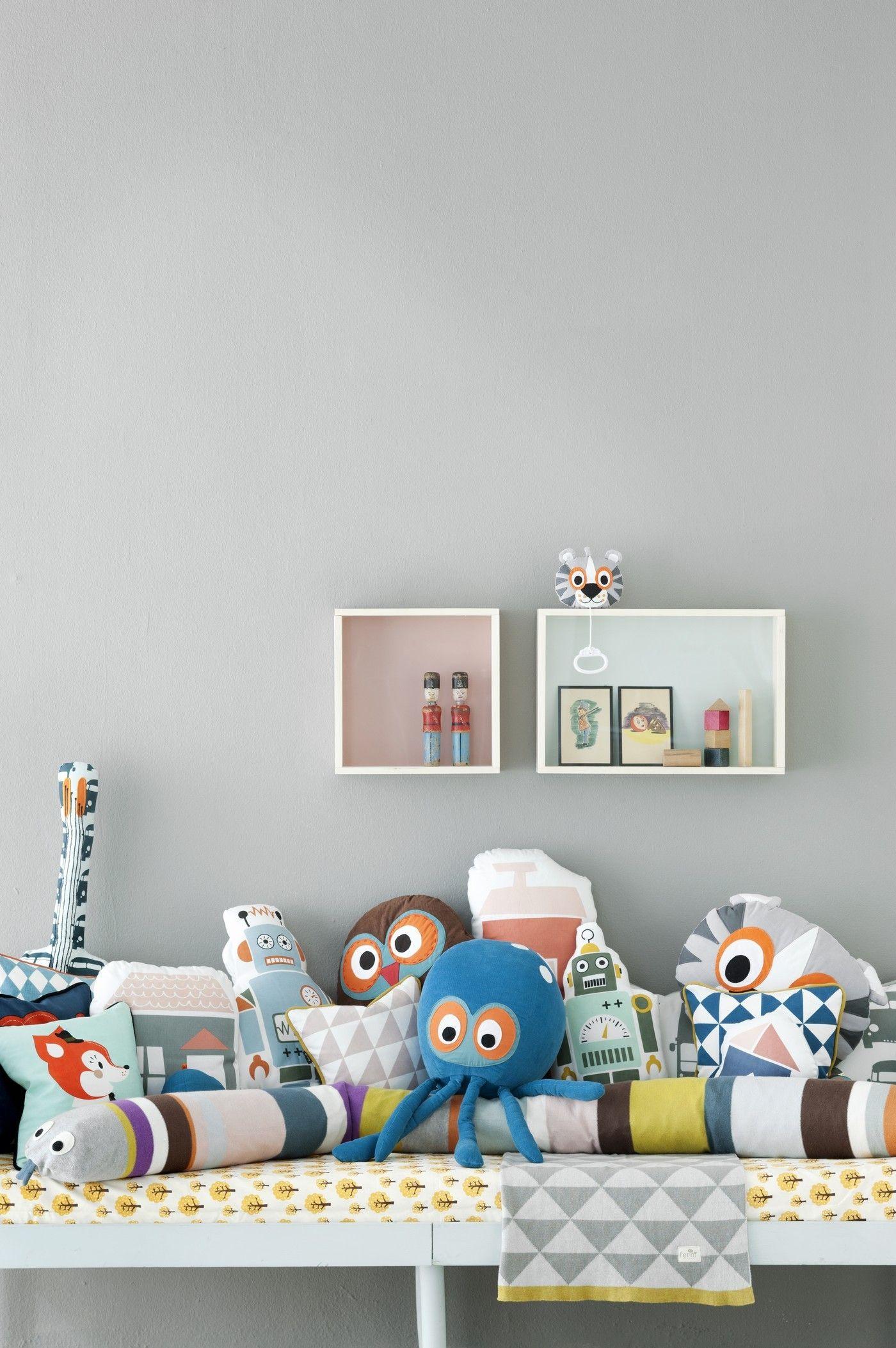display box shelf  showcase   x  cm rose by ferm living - zoom