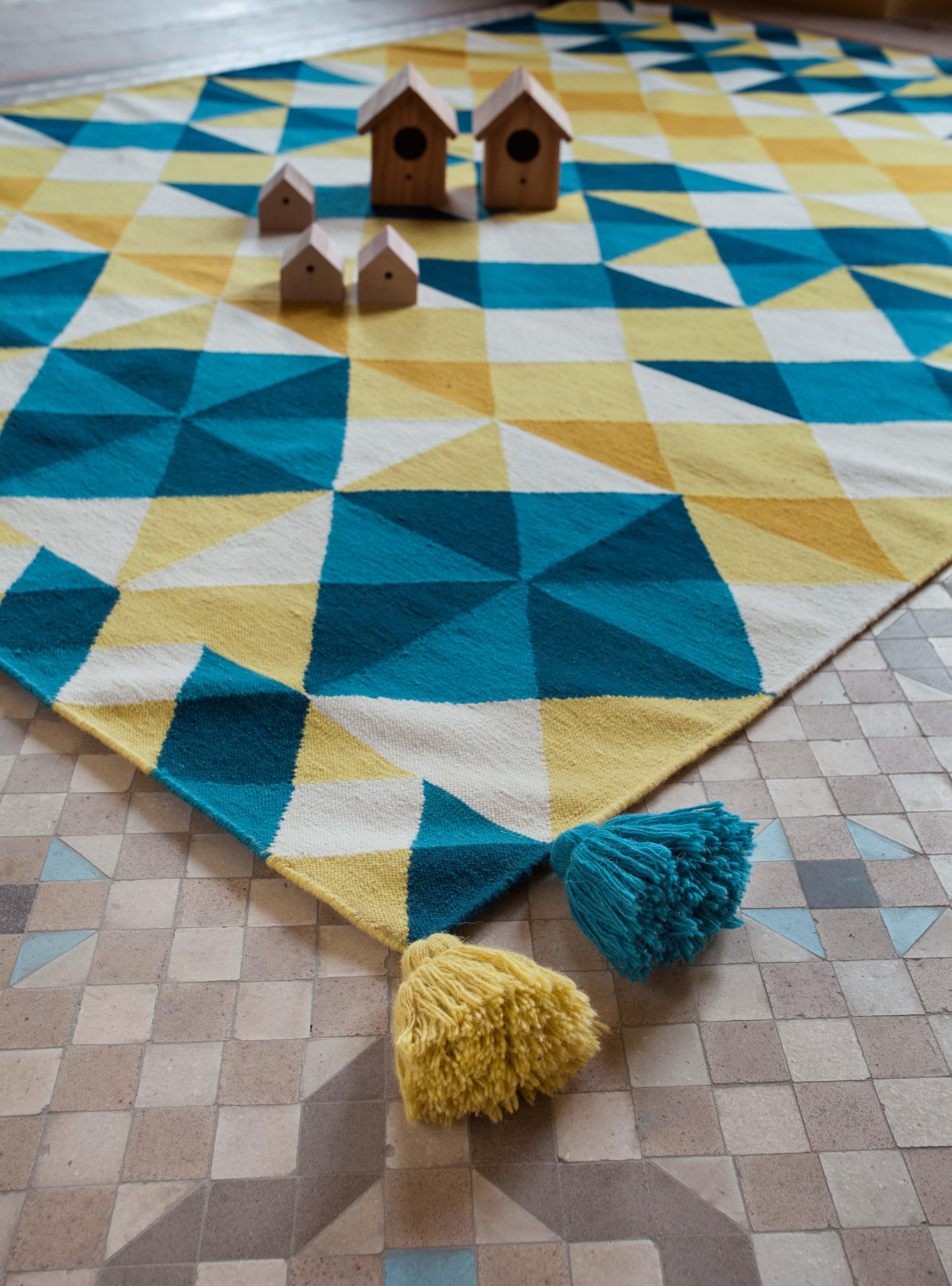 tapis kilim mosa ek 240 x 170 cm jaune bleu gan made in design. Black Bedroom Furniture Sets. Home Design Ideas