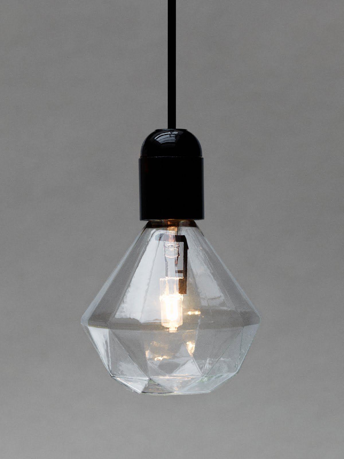 ampoule halog ne e27 diamond light 15w transparent frama. Black Bedroom Furniture Sets. Home Design Ideas