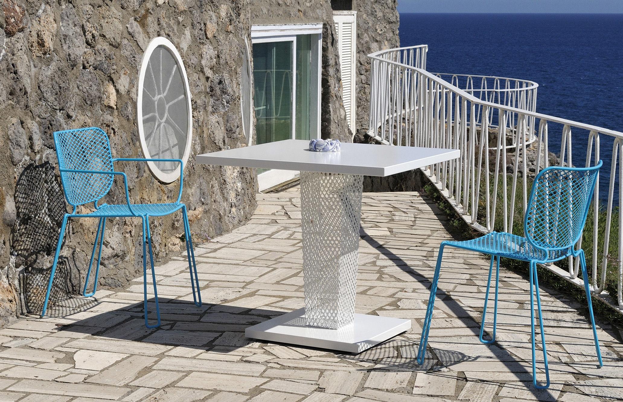 Table de jardin ivy 80 x 80 cm blanc emu for Jardin 80