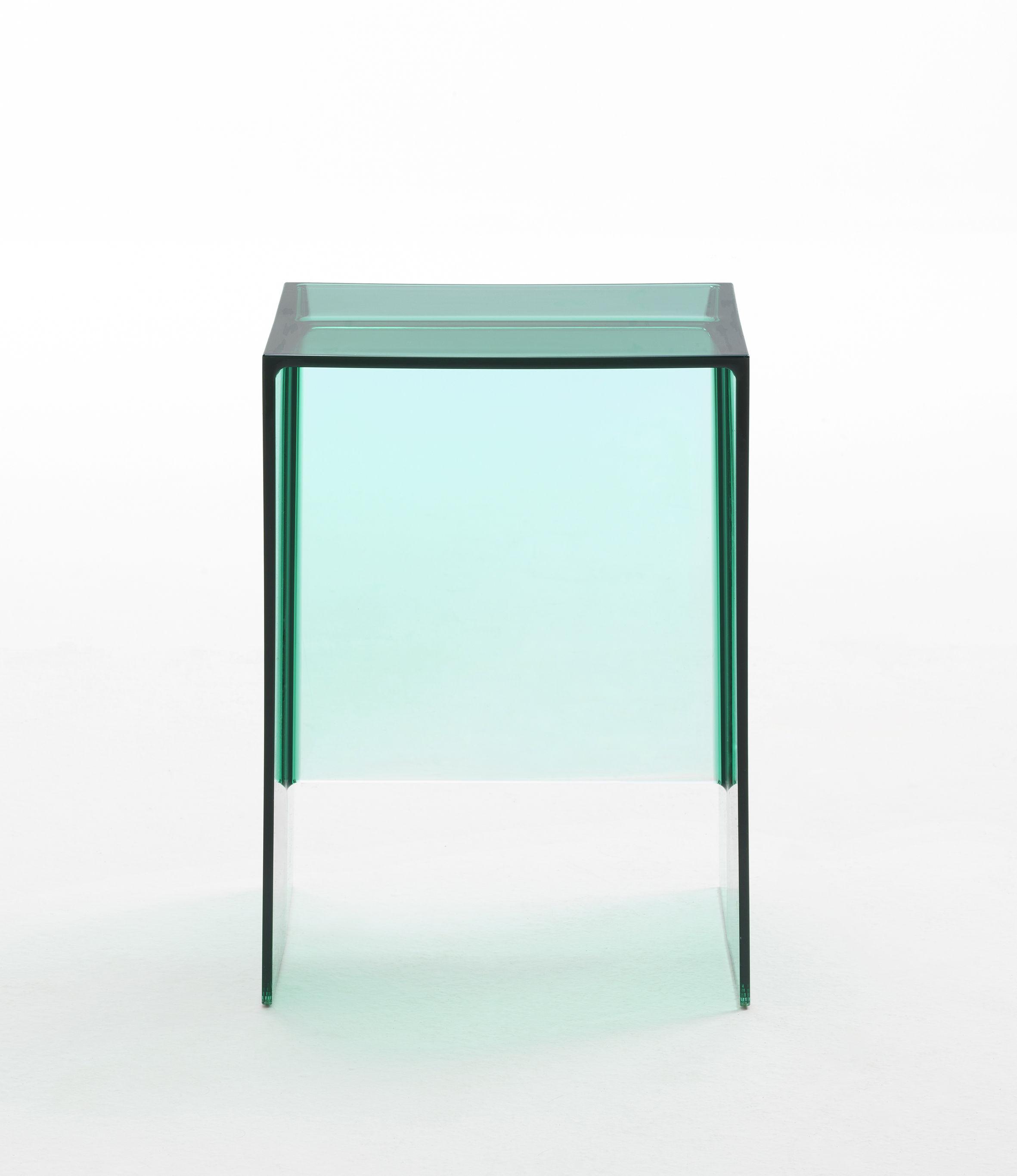 Scopri tavolino d 39 appoggio max beam sgabello verde for Sgabello verde