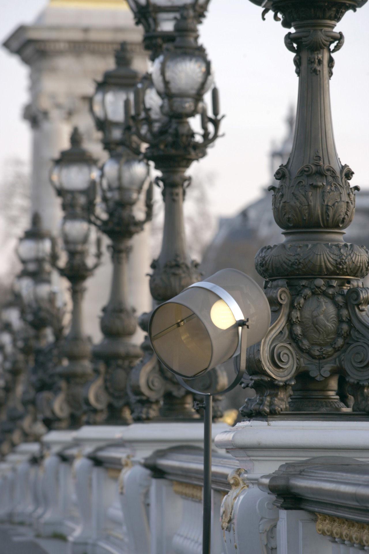 Lampadaire solaire La Lampe Paris LED / Sans fil Noir / Pied noir ...