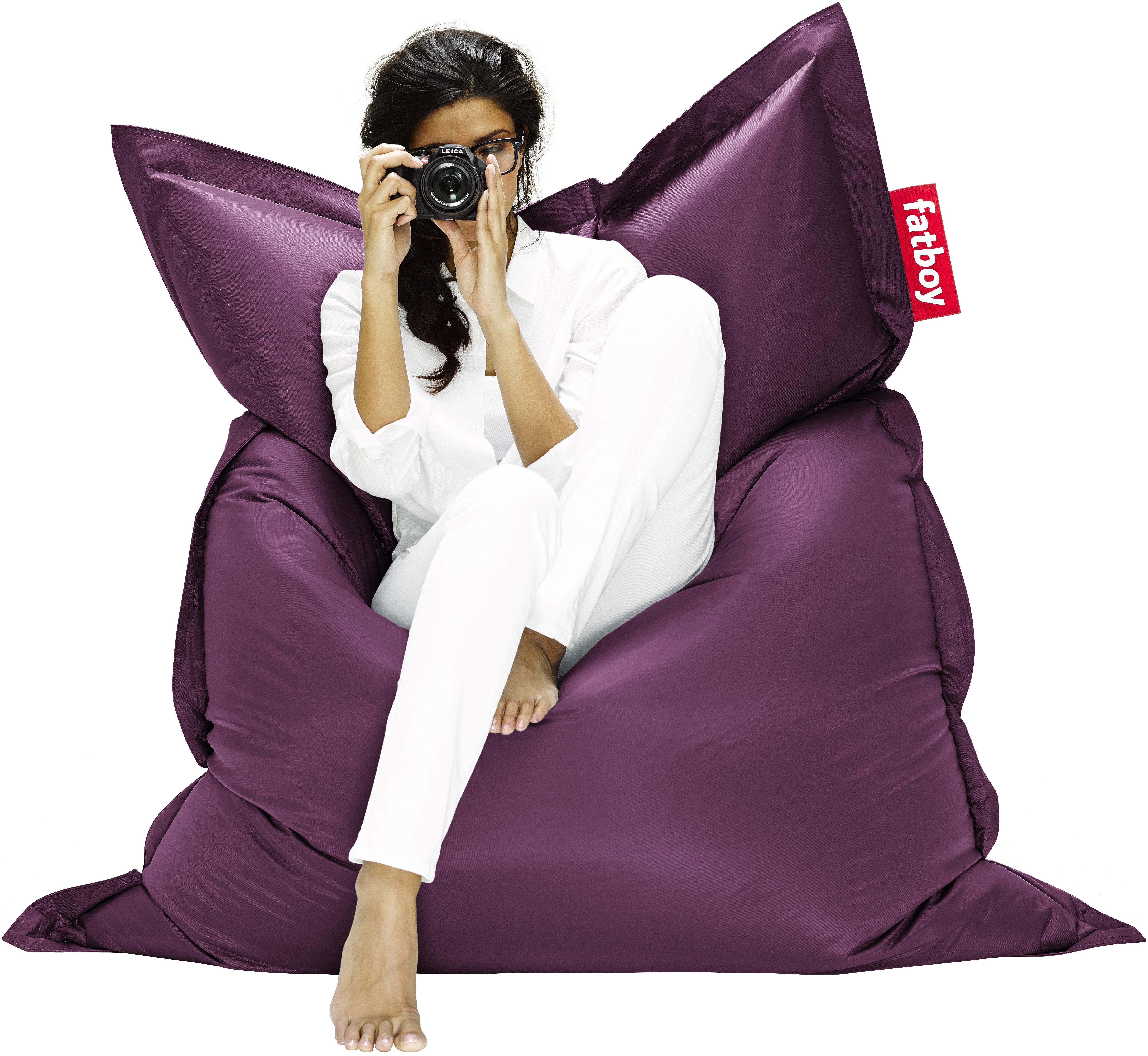 the original pouf dark violet by fatboy. Black Bedroom Furniture Sets. Home Design Ideas
