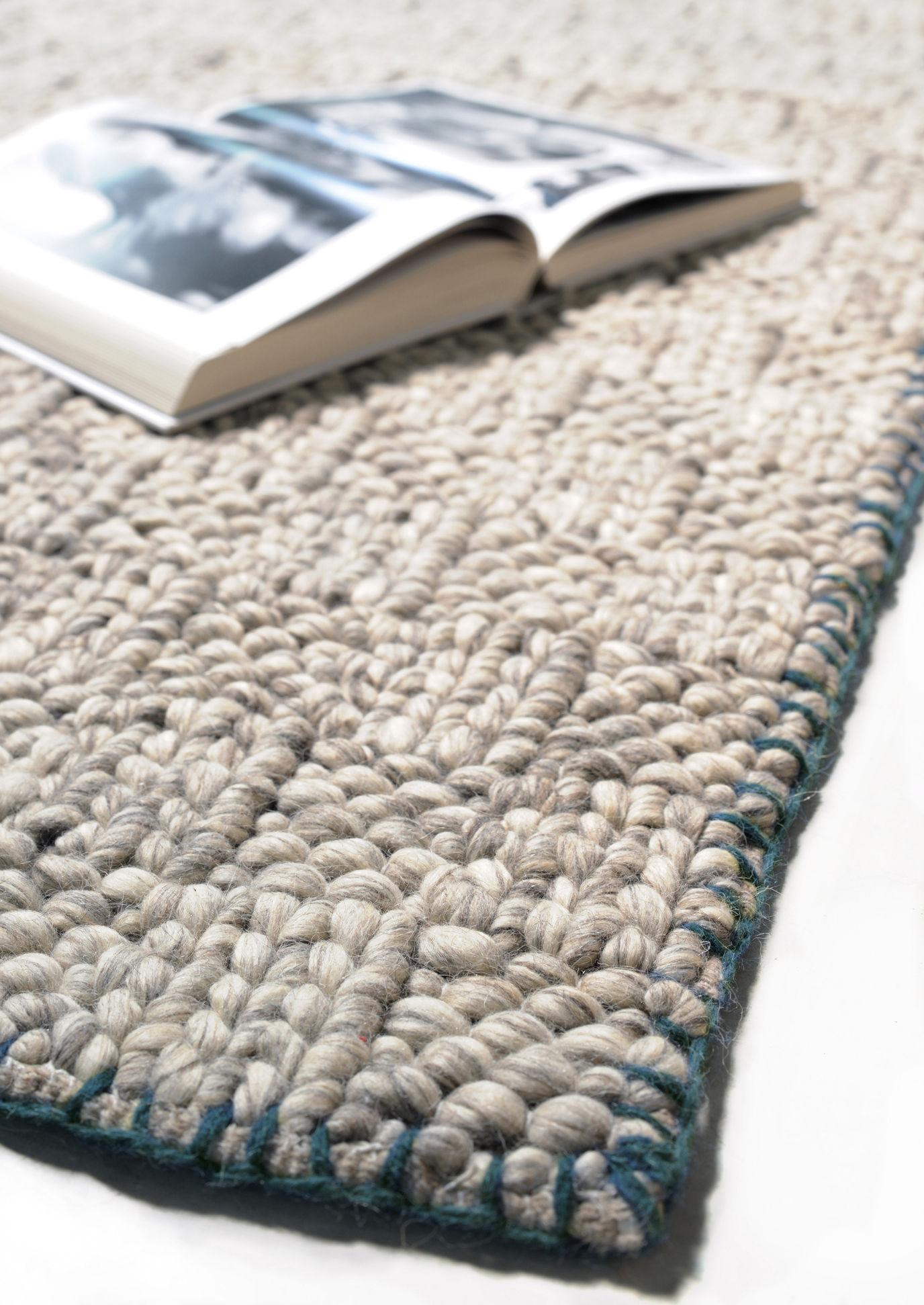 tapis tresse 170 x 240 cm tiss main beige naturel. Black Bedroom Furniture Sets. Home Design Ideas