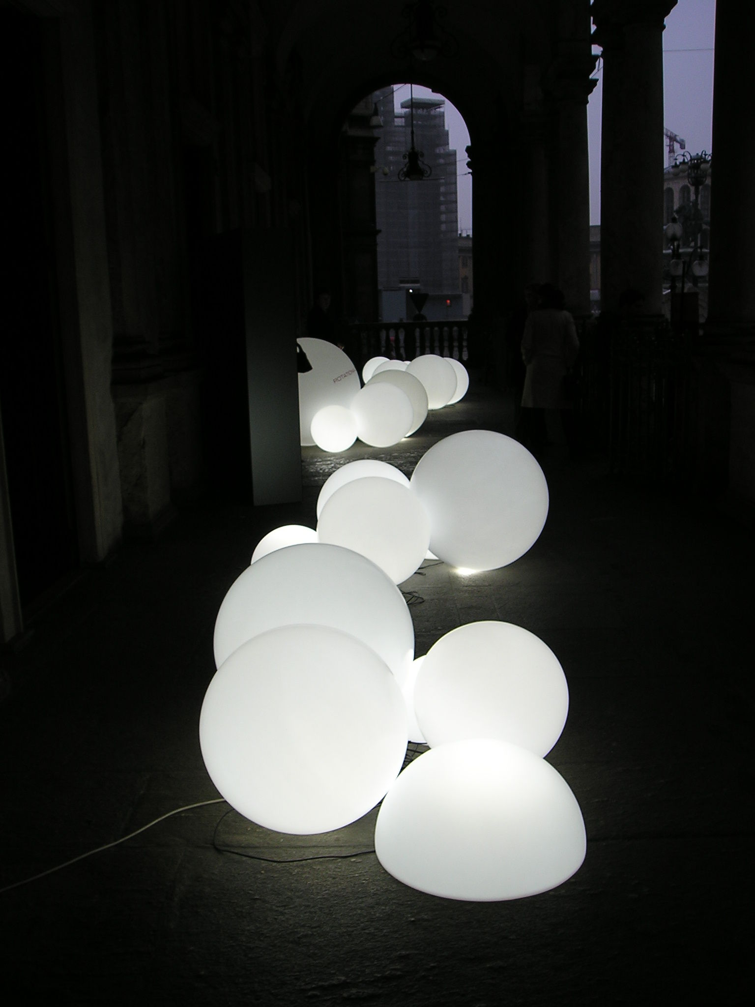 Globo Outdoor Led Floor Lamp Wireless 216 50 Cm White