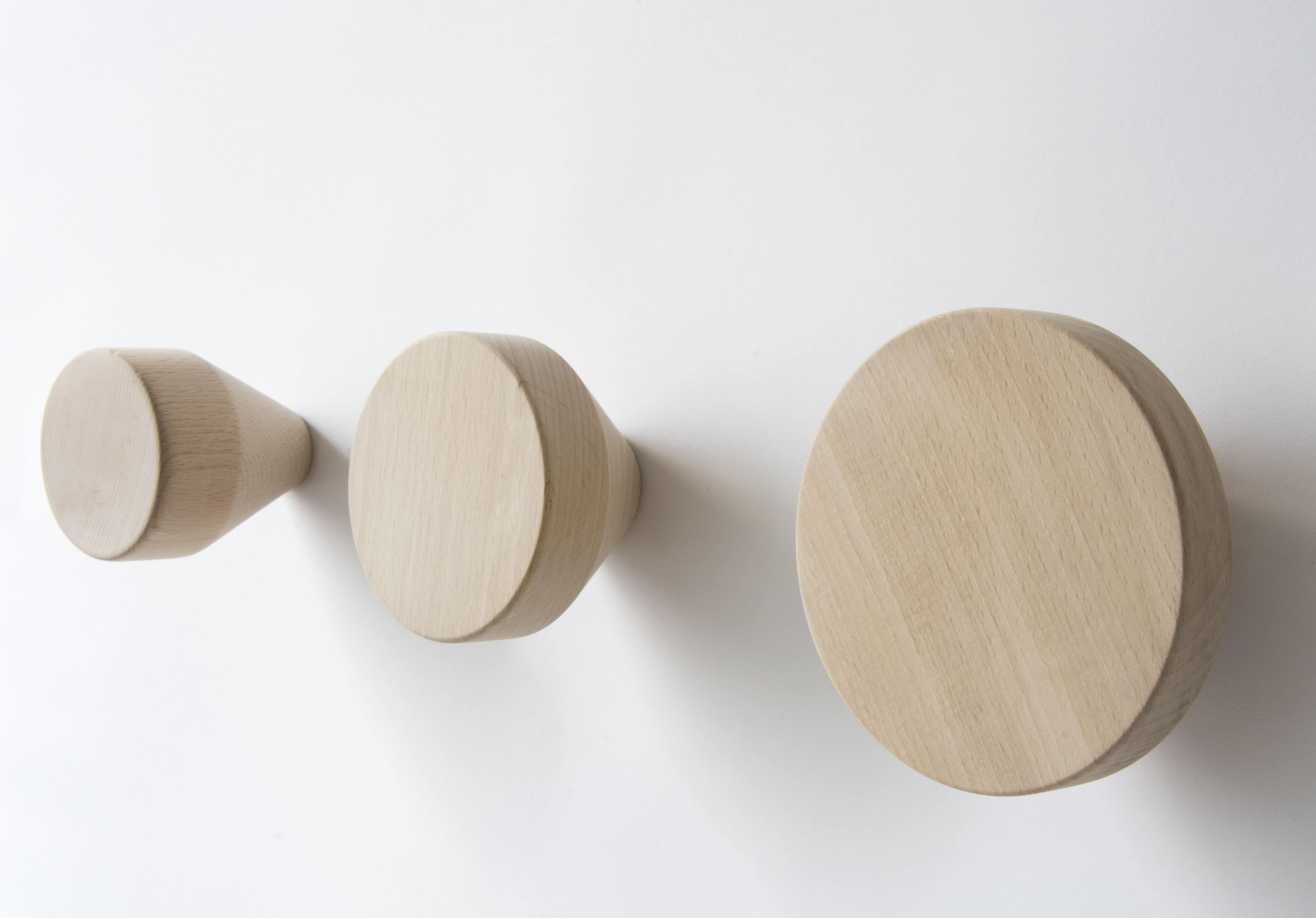 pat re clou 12 cm bois naturel enostudio made in design. Black Bedroom Furniture Sets. Home Design Ideas