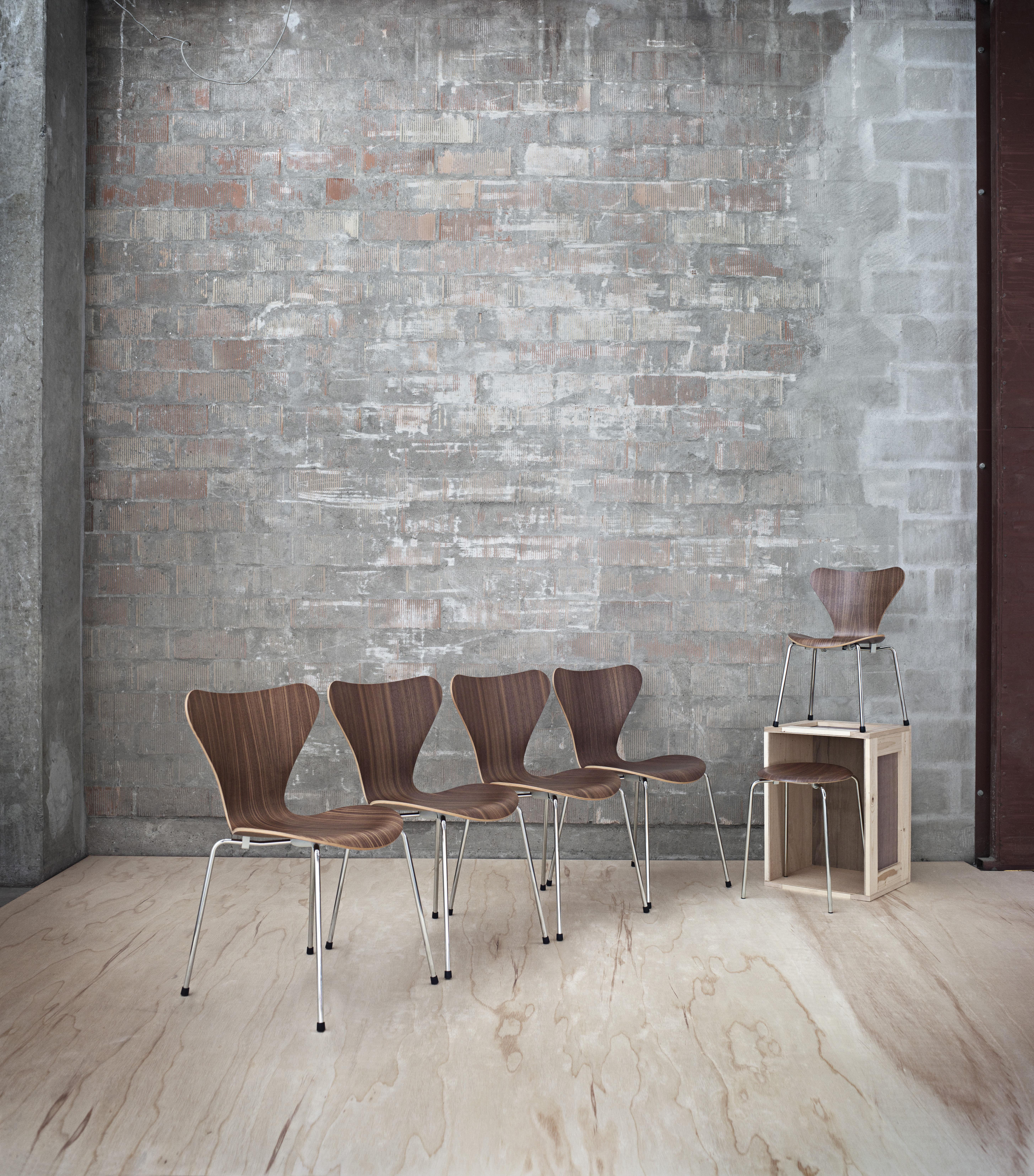 dot h 44 cm esche get nt fritz hansen niedriger hocker. Black Bedroom Furniture Sets. Home Design Ideas