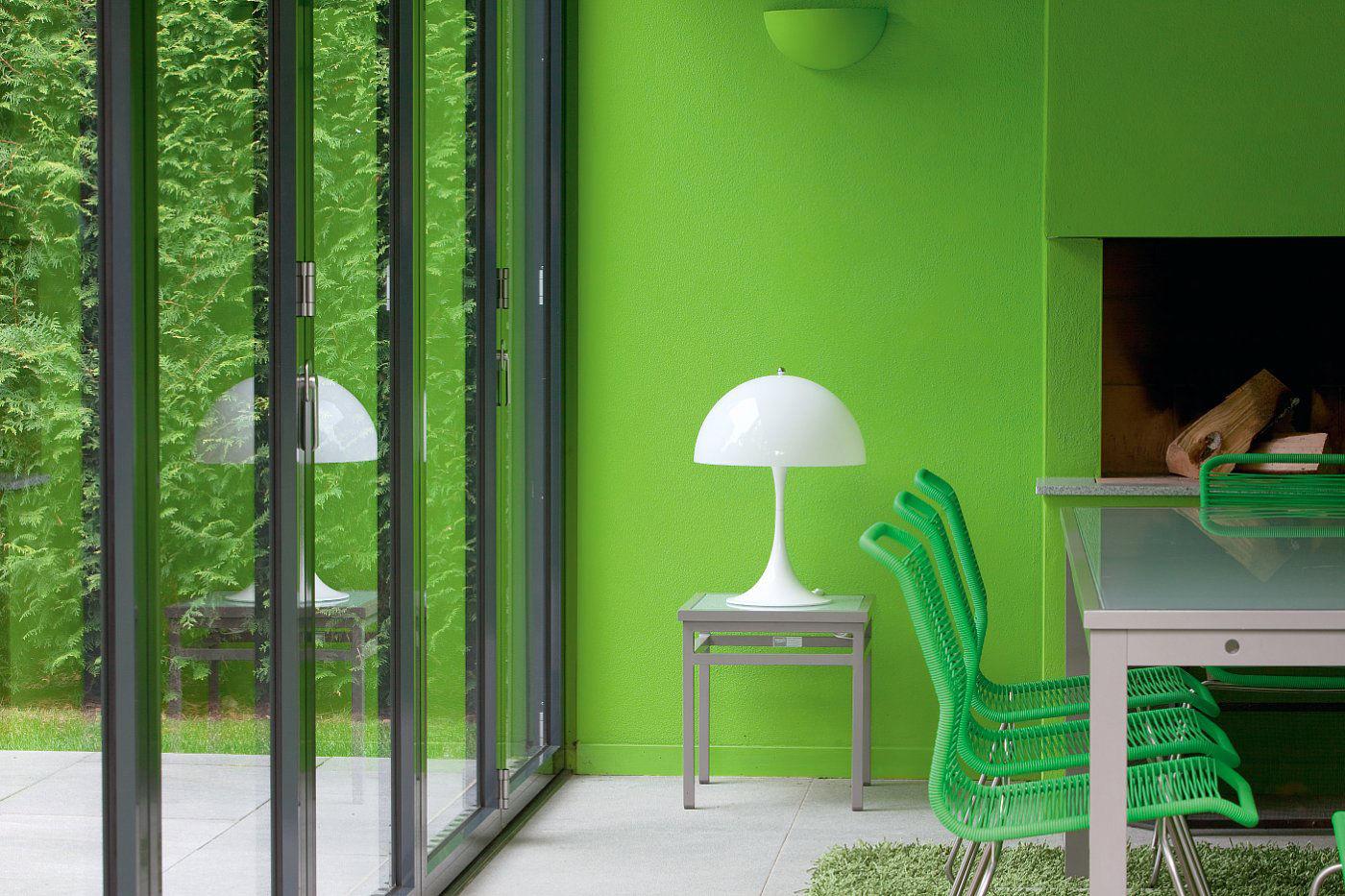 panthella table lamp white by louis poulsen. Black Bedroom Furniture Sets. Home Design Ideas