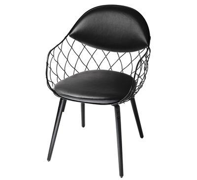 Mobilier - Chaises, fauteuils de salle à manger - Fauteuil rembourré Pina / Cuir - Métal & pieds bois - Magis - Cuir noir / Pieds noirs - Acier verni, Cuir, Frêne teinté