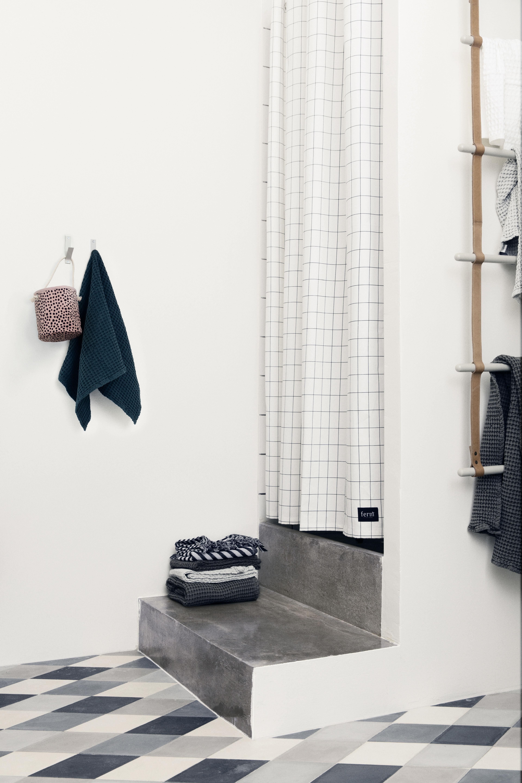Rideau de douche grid 160 x h 200 cm quadrillage noir blanc ferm living - Rideau 160 de large ...