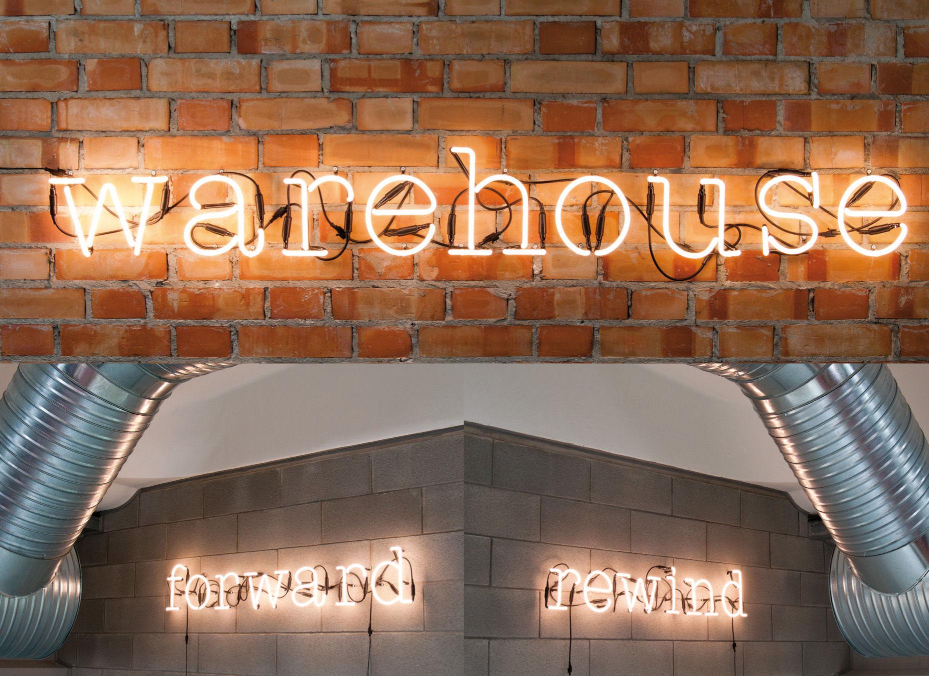 Applique neon art lettre a lettre a blanc seletti - Applique neon design ...