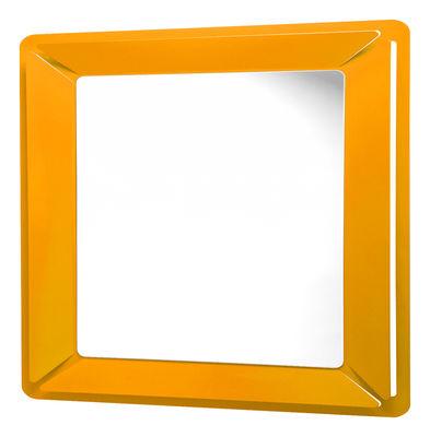 Miroir see me square 90 x 90 cm orange officina nove for Miroir 90 cm