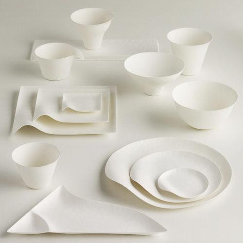 Scopri piatto usa e getta maru set di 8 piatti piani 23 for Nuovi piani domestici