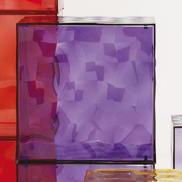 Optic storage with door purple by kartell for Miroir kartell