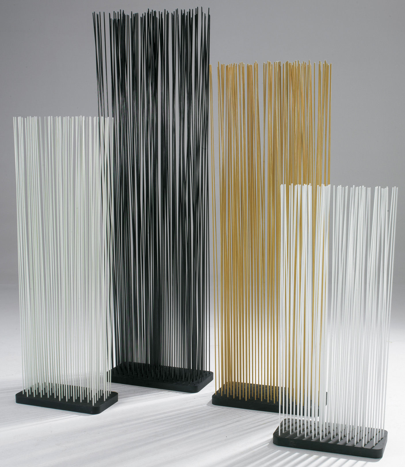 paravent sticks l 60 x h 150 cm int rieur ext rieur noir extremis. Black Bedroom Furniture Sets. Home Design Ideas