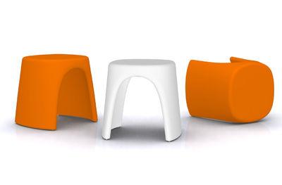 Scopri sgabellino amélie arancione di slide made in design italia